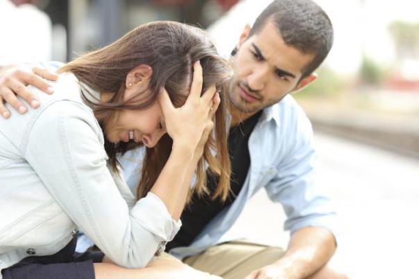 إن كنتِ زوجة غيورة.. فإليكِ 5 طرق للتعامل مع غيرتك الزائدة
