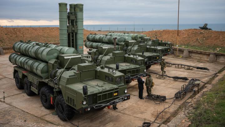 الجيش الليبي يدفع بمئات المدرعات والأسلحة باتجاه طرابلس