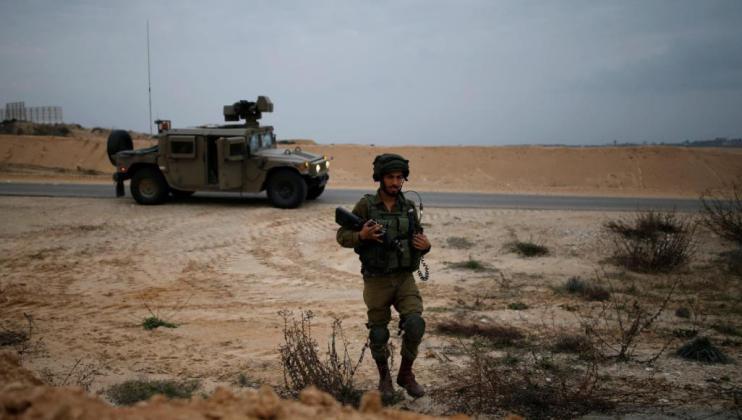 المقاومة تستهدف جيب عسكري بصاروخ كورنيت شمال غزة