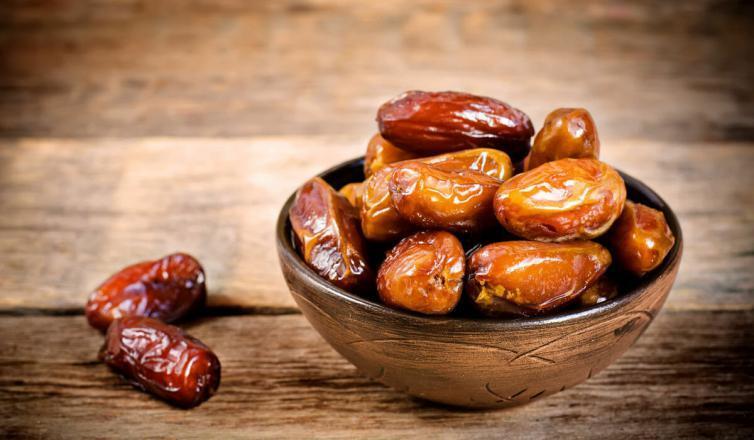 التمر وأهمية تناوله في رمضان