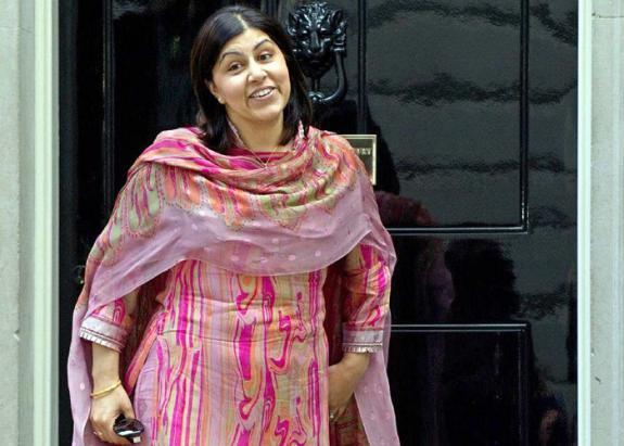وزيرة بريطانية سابقة تعلق على العدوان على غزة