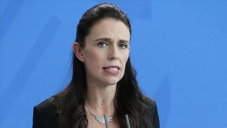 """""""كان رومانسياً للغاية"""".. رئيسة وزراء نيوزيلندا تكشف عن تفاصيل عرض زواجها"""