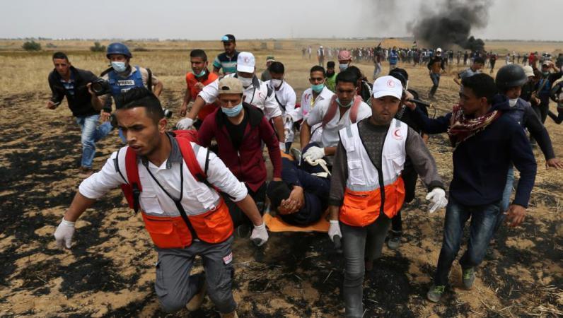 الصحة: 49 إصابة جراء قمع جيش الاحتلال للمشاركين في مسيرة العودة