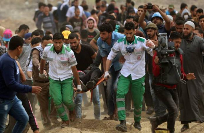 إصابات بالرصاص الاحتلال بالتزامن مع بدء توافد المواطنين شرق قطاع غزة