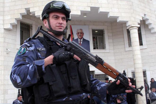 الشرطة الفلسطينية تطلق النار على إسرائيليين في الضفة