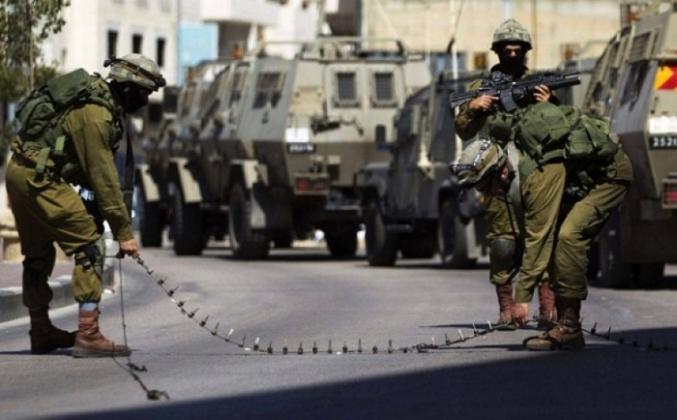 قوات الاحتلال تنصب عدة حواجز في جنين