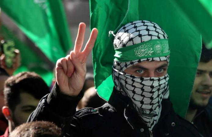 """حماس توجه رسالة تحذير شديدة لـ """"إسرائيل"""" بعد وقف إدخال وقود الكهرباء لغزة"""