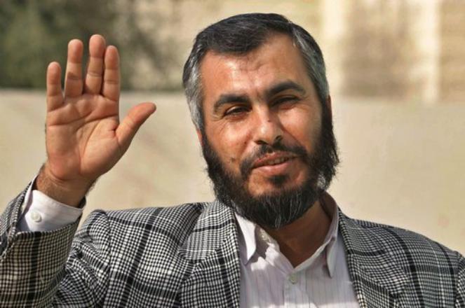 غازي حمد يرد على تصريحات أحمد مجدلاني حول تهديد موظفين في غزة