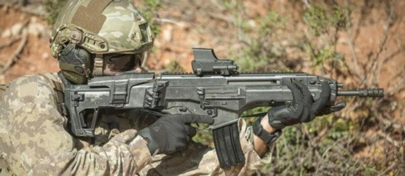 """""""إسرائيل"""" تطوّر بندقية جديدة بقدرات خارقة"""