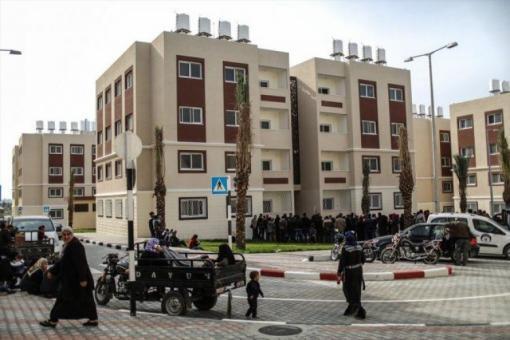 تسليم وحدات سكنية جديدة لـ 8 مستفيدين من غزة