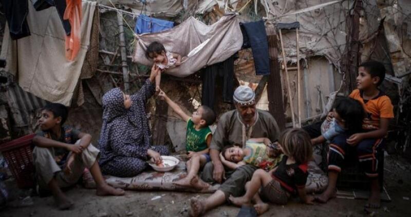 """""""التنمية الاجتماعية"""" تقدم وعداً للأسر الفقيرة في فلسطين"""