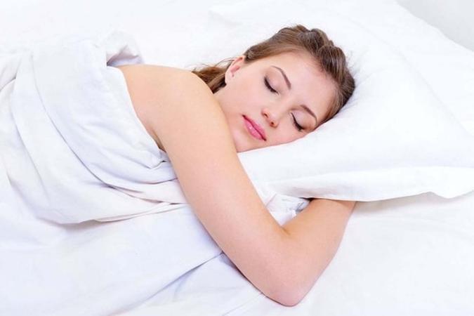 ماذا يحدث للجسم إذا لم ينم المرء 5 ليال متتالية؟
