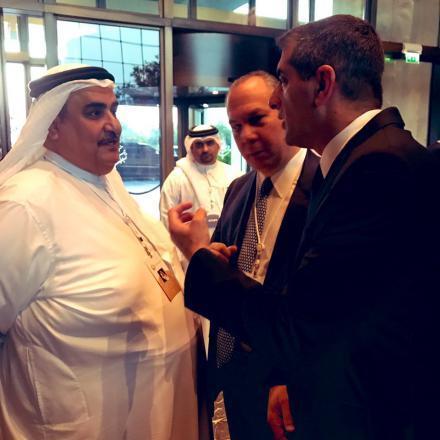 صحيفة: ظهرت في المنامة كل دلائل التطبيع بين إسرائيل والعرب