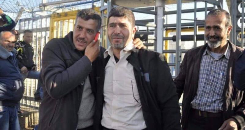 الاحتلال يمنع المحامين من زيارة الأسير جعفر عز الدين