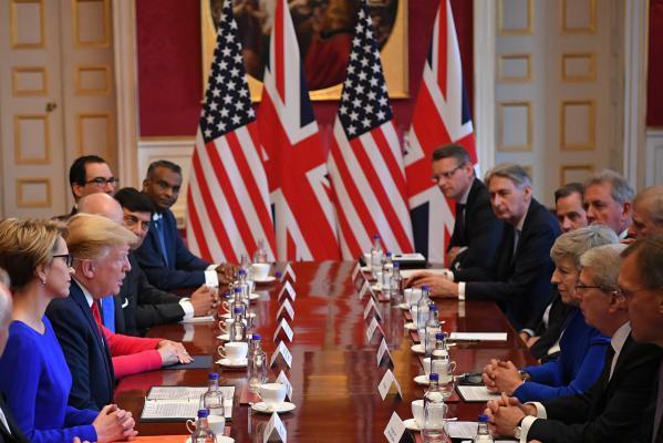 ترامب: سنمنع إيران من السلاح النووي وتمويل الإرهاب