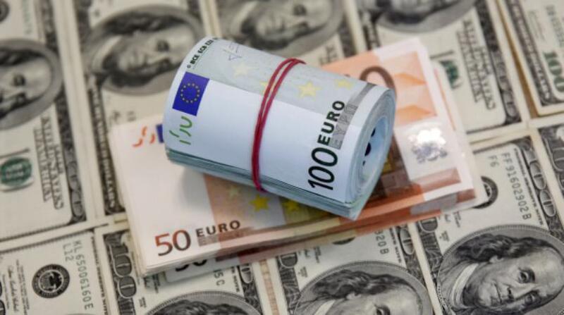 مؤشرات خطيرة عن مكانة الدولار العالمية.. واليورو المستفيد الأول