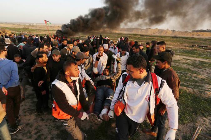 """40 إصابة برصاص الاحتلال في جمعة """"بوحدتنا تسقط المؤامرة"""""""
