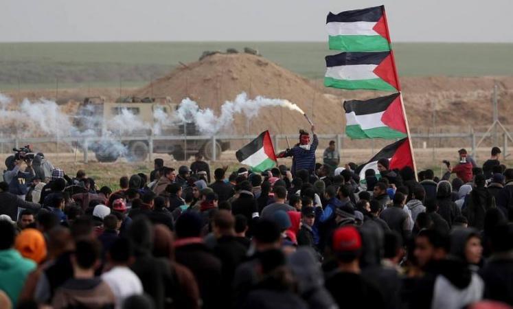 """غزة تستعد لجمعة """"بوحدتنا نسقط المؤامرة"""""""