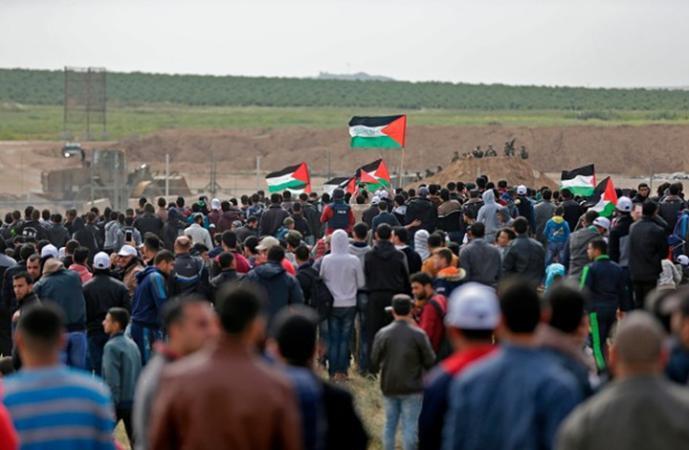 """غزة.. استعدادات للمشاركة في """"جمعة حرق العلم"""" على الحدود الشرقية"""