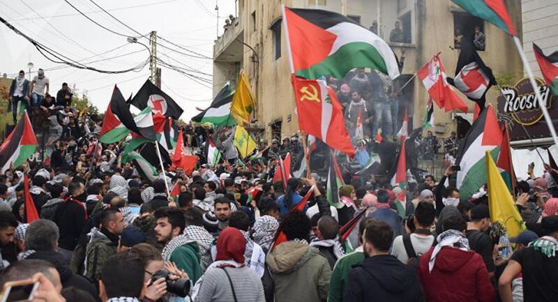صلاح: لا خيار أمام اللاجئين الفلسطينيين في لبنان سوى الاستمرار بانتفاضتهم
