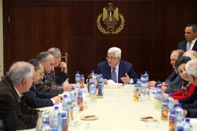 أبو ردينة: الرئيس عباس يدعو لاجتماع عاجل للقيادة الفلسطينية الخميس