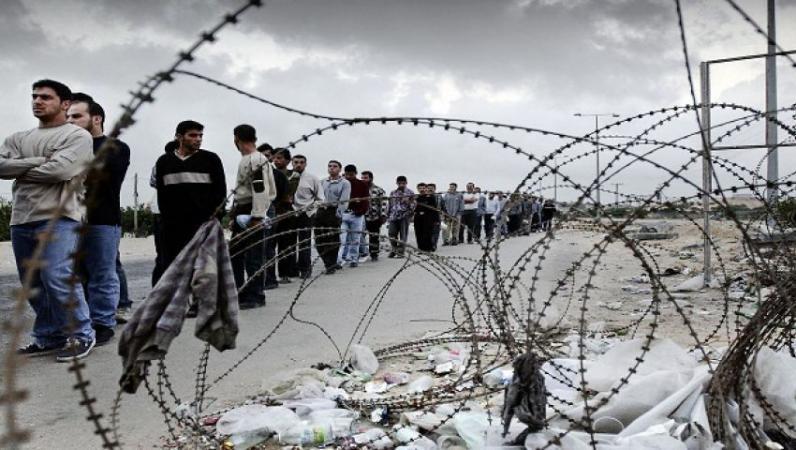 إسرائيل تنظر في إدخال 5 آلاف عامل من غزة للعمل لديها