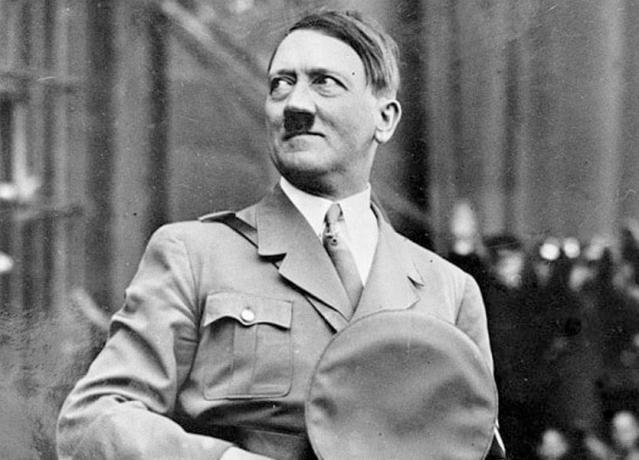 ألمانيا تحيي ذكرى منفذي محاولة اغتيال هتلر قبل 75 عاما