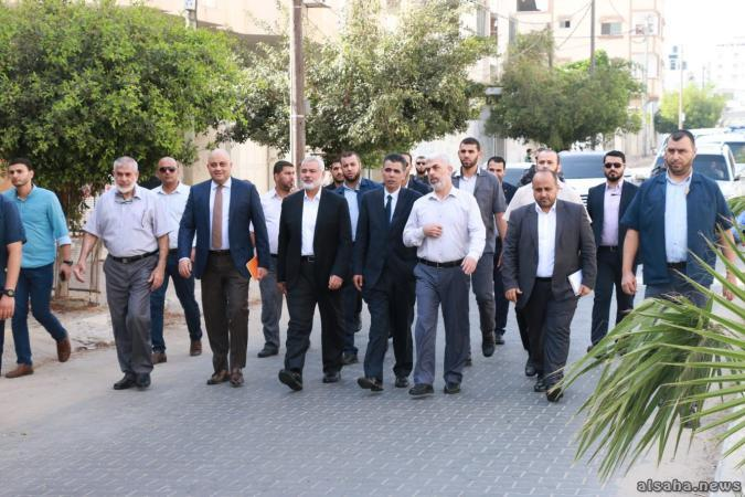 صحيفة: هكذا تعاطت حماس مع الطرح المصري بتسليم غزة والدعوة لتشكيل حكومة!