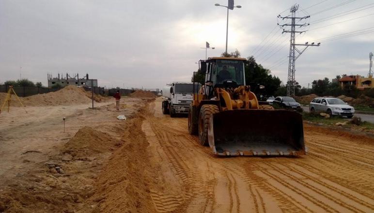 وكالة: اللجنة القطرية تبدأ اليوم بتجهيز أرض المستشفى الميداني الأمريكي شمال غزة