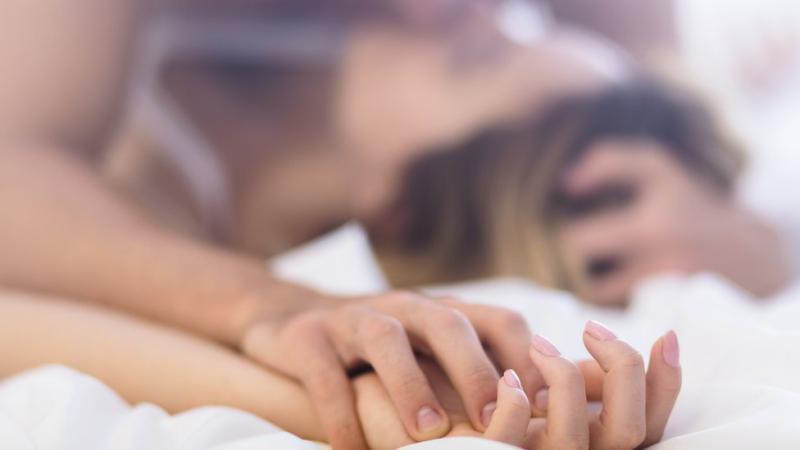 لماذا تثير الفياغرا النسائية جدلا حول مدى فعاليتها؟