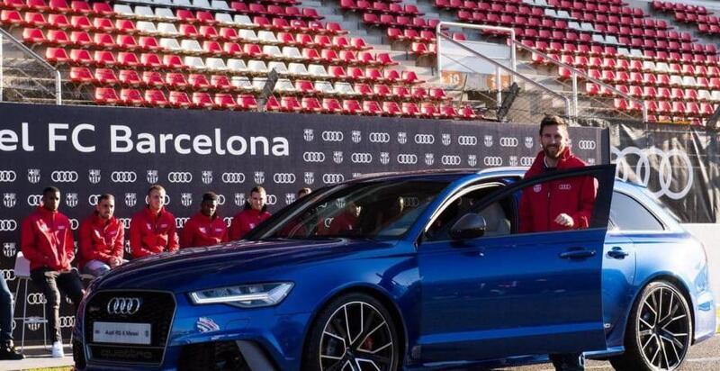 """""""أودي"""" تطلب من لاعبي برشلونة إعادة سياراتها"""