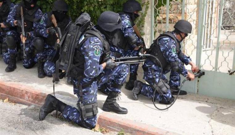 الشرطة تعتقل 6 أشخاص بحوزتهم مواد مخدرة بضواحي القدس