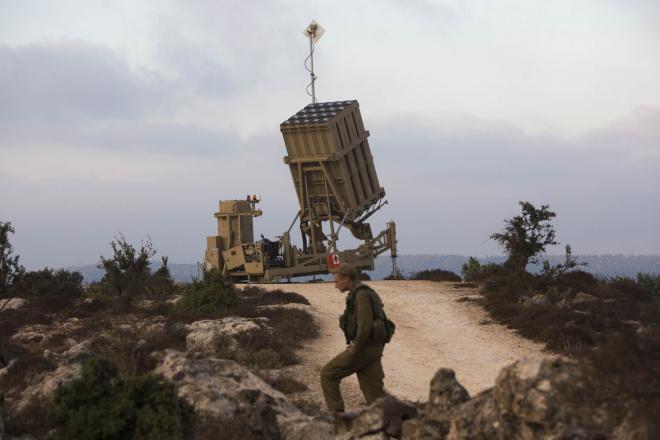 جيش الاحتلال يعزز نشر القبة الحديدية في كافة أنحاء إسرائيل