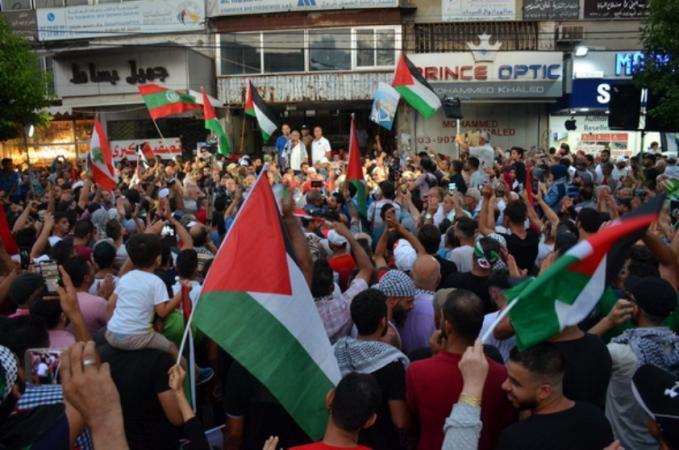 لاجئو لبنان يستعدون لجمعة غضب ثالثة بعد مسيرات صيدا الحاشدة