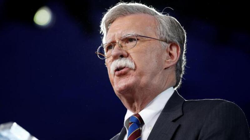 بولتون في لندن لحشد موقف ضد إيران والصين