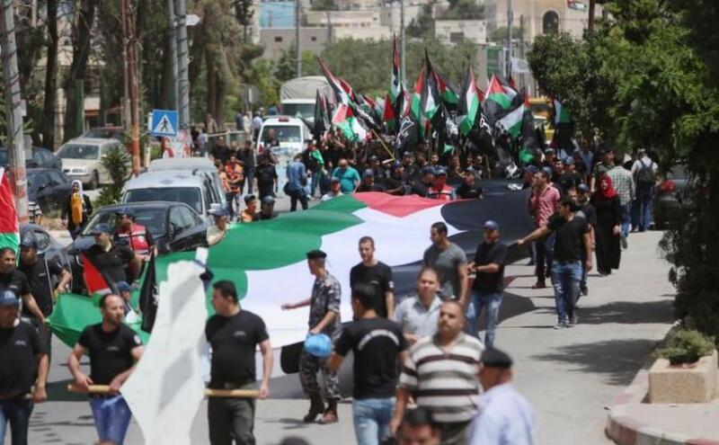 الفلسطينيون في لبنان يواصلون حراكهم للجمعة الرابعة