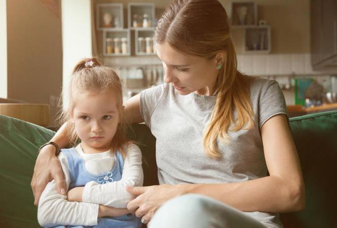 6 طرق فعالة للتعامل مع طفلك العنيد