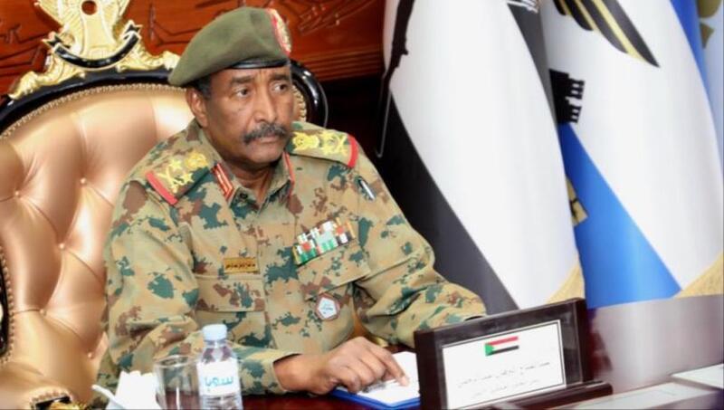 العسكري السوداني يدعو لحماية الاتفاق الدستوري والاستعداد لوضع أسس الحكم المدني