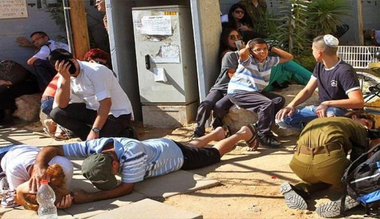 إصابات جراء إطلاق صواريخ من القطاع نحو مستوطنات غلاف غزة