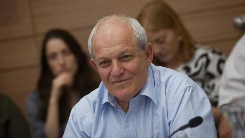 وزير إسرائيلي يقرر الاستقالة من حكومة نتنياهو.. لهذا السبب