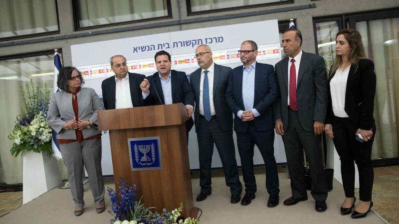 أيمن عودة: على استعداد للانضمام إلى ائتلاف برئاسة غانتس