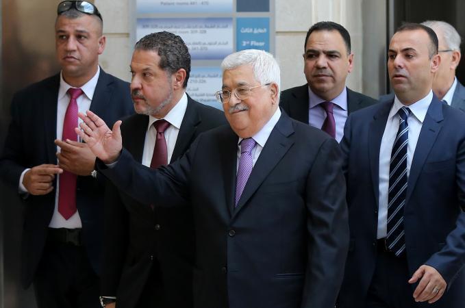 ضابط إسرائيلي: مغادرة أبو مازن للمشهد السياسي قد يشعل الميدان
