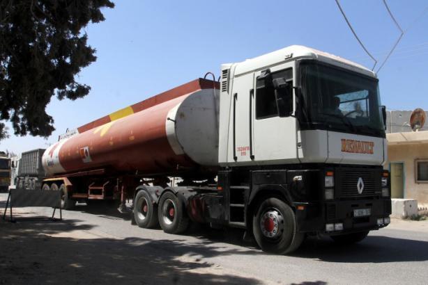 إسرائيل تقرر وقف إدخال الوقود إلى قطاع غزة بشكل فوري