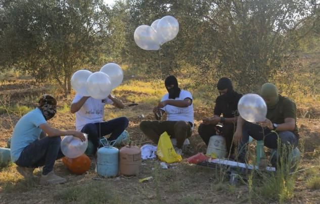 ردا على اطلاق البالونات الحارقة.. قناة عبرية: إسرائيل تدرس 3 خيارات..!