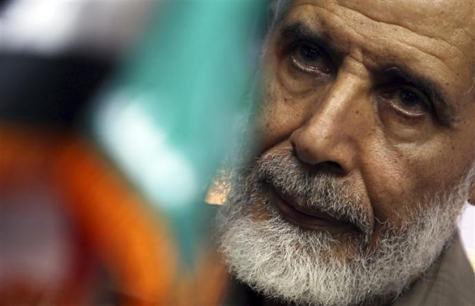 القبض على محمود عزت القائم بأعمال مرشد الإخوان المسلمين
