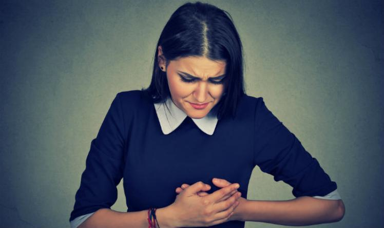 كل دقيقة لها ثمنها.. أعراض تخبرك أنك على وشك الإصابة بنوبة قلبية