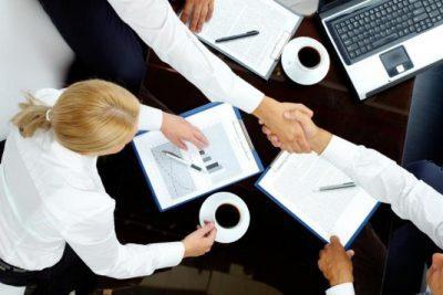 كيف تبدأ مفاوضات ناجحة بكلمة واحدة؟
