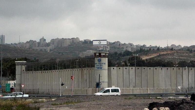 هيئة الأسرى: الحر الشديد حول المعتقلات الصحراوية إلى جحيم