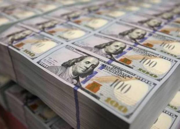 مستشار نتنياهو يطالب 200 مليار دولار تعويضات من العرب