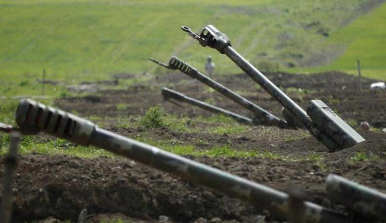 طهران تحذر أرمينيا وأذربيجان من إطلاق أي قذيفة نحو أراضيها